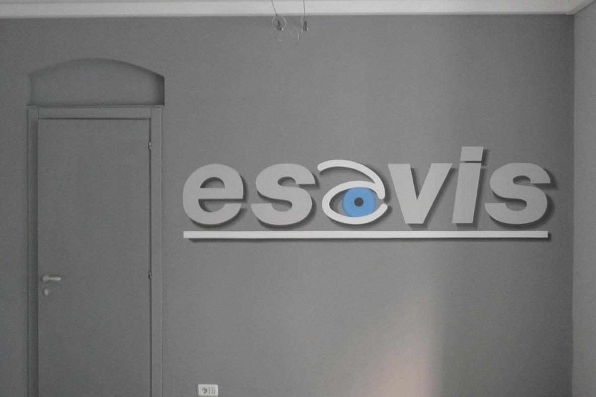 Decorando-negozio-Elvis-grande